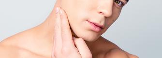 シャイニングピール(レーザーピーリング)肌を生まれ変わらせてツヤ肌にする